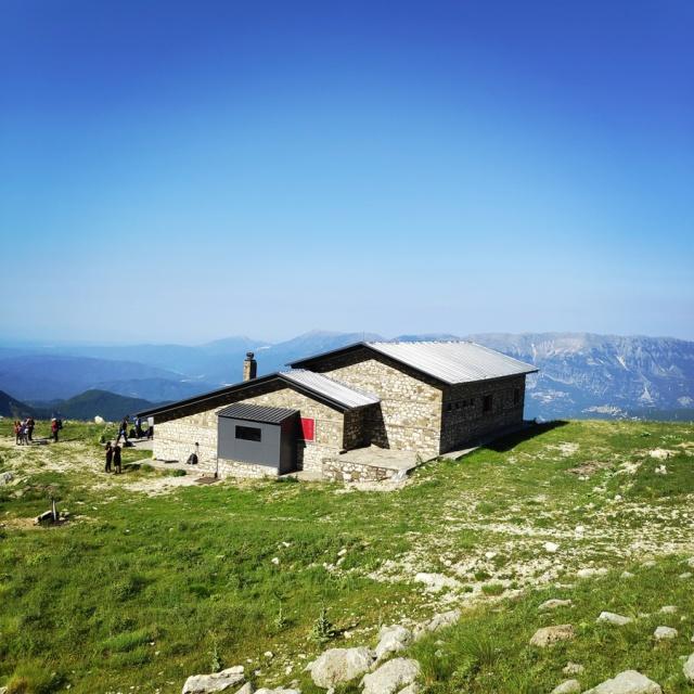 Hiking_in_Tzoumerka_Athamanika_Waterafalls_071106_594