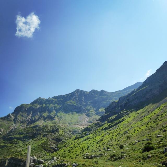 Hiking_in_Tzoumerka_Athamanika_Waterafalls_072046_172