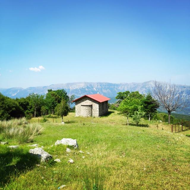 Hiking_in_Tzoumerka_Athamanika_Waterafalls_072140_315