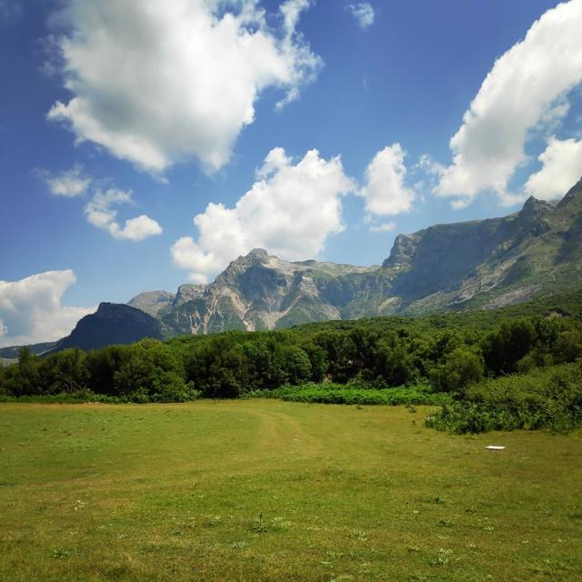 Hiking_in_Tzoumerka_Athamanika_Waterafalls_072511_264