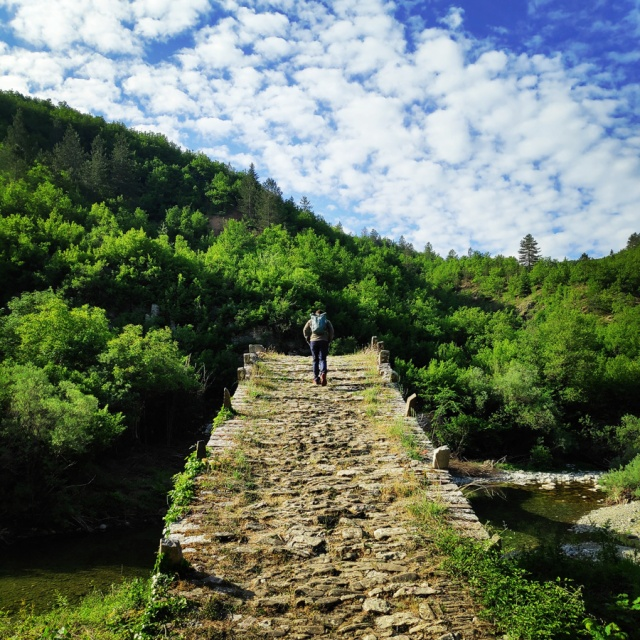 Hiking_Zagori_Villages_Bridges_Zagorochoria_212322_108