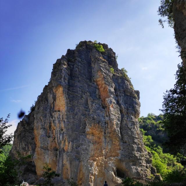 Hiking_Zagori_Villages_Bridges_Zagorochoria_212342_909