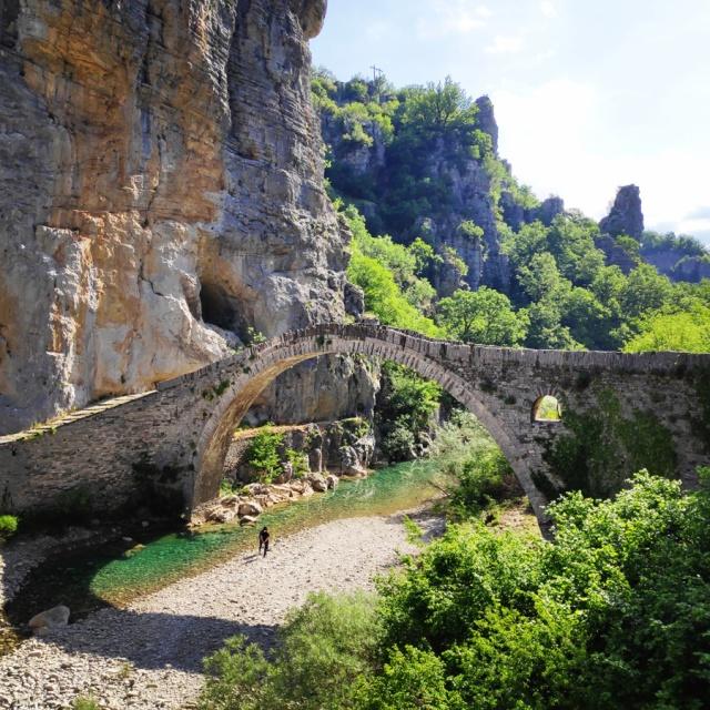 Hiking_Zagori_Villages_Bridges_Zagorochoria_212725_082
