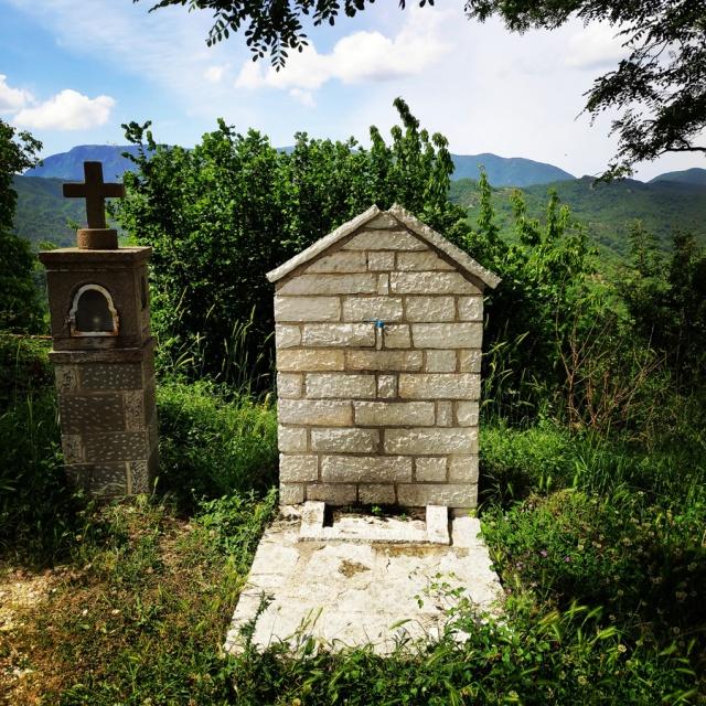 Hiking_Zagori_Villages_Bridges_Zagorochoria_213333_625