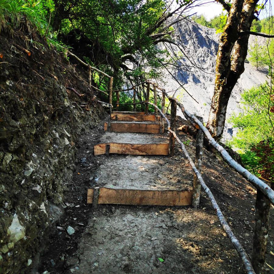 Hiking_Balta_di_Stringa_Iliochori_Tymfi_Pindos_093815_495-copy