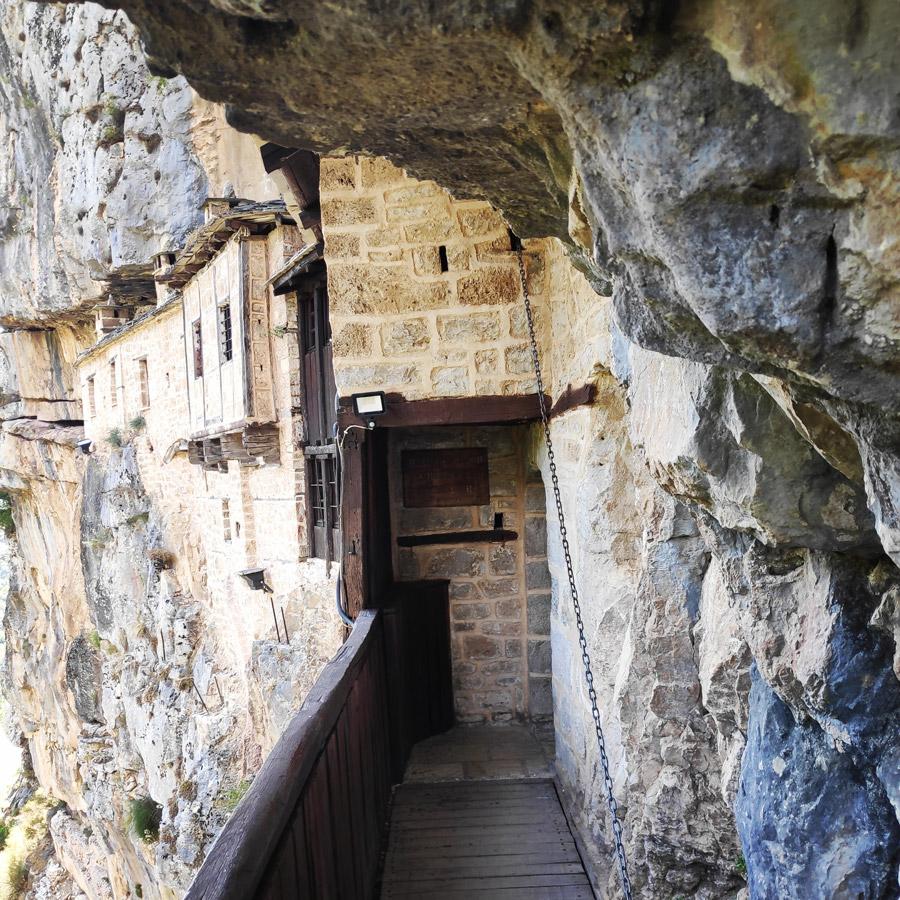 Kouiassa_Pouliana_Kipina_Monastery_185542_898
