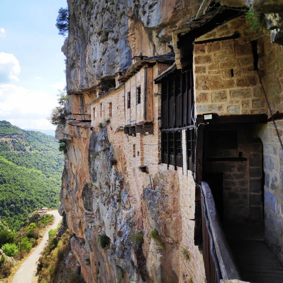 Kouiassa_Pouliana_Kipina_Monastery_190117_779